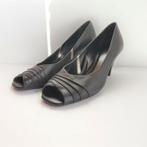 Alex Marie Womens Sz 7.5 M Heels Dress Shoes Slip-